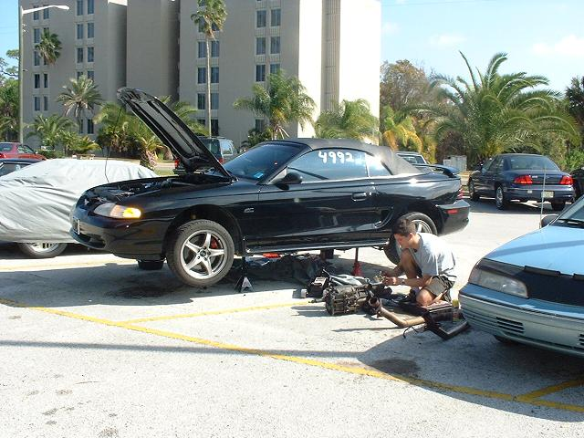 How to Remove a Mustang T5 Transmission